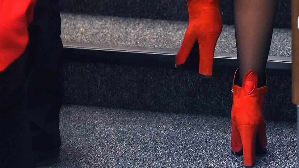 Похоже под запретом и алые черевички. Фото из ГД 2018 года