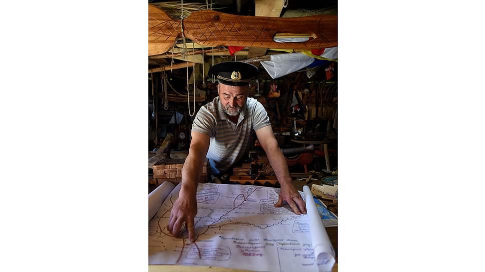 На этой самодельной карте Сергей отметил все места лодочного промысла, которые существовали в Вологодской области