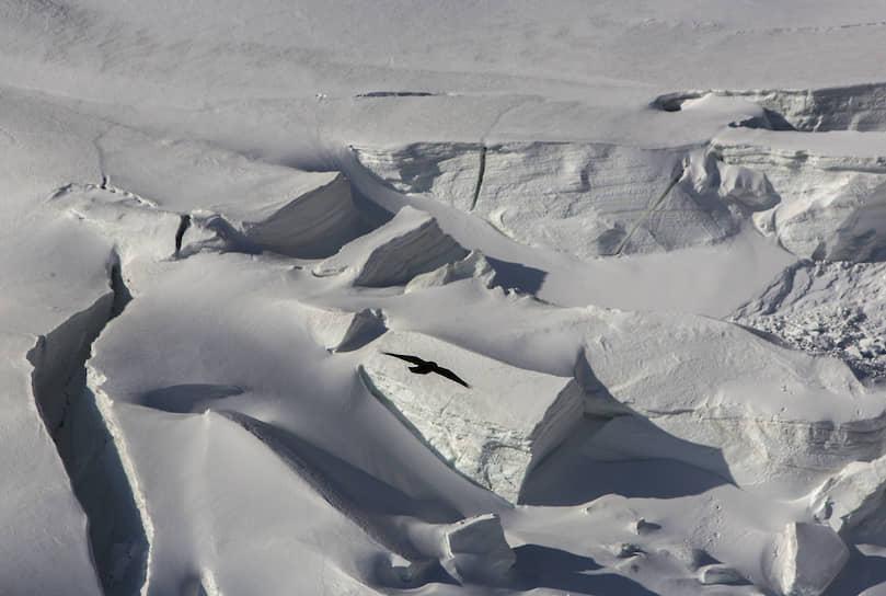 Трещины в леднике — самое опасное, что может быть в горах