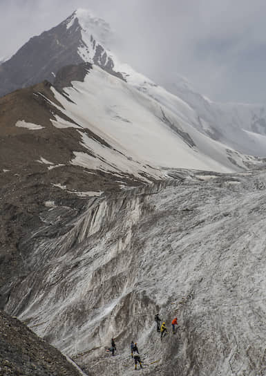 Вид с дистанции. Здесь альпинисты оттачивают технику скалолазания