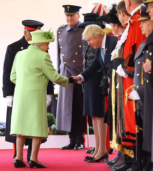Королева и премьер-министр. Высокие отношения…