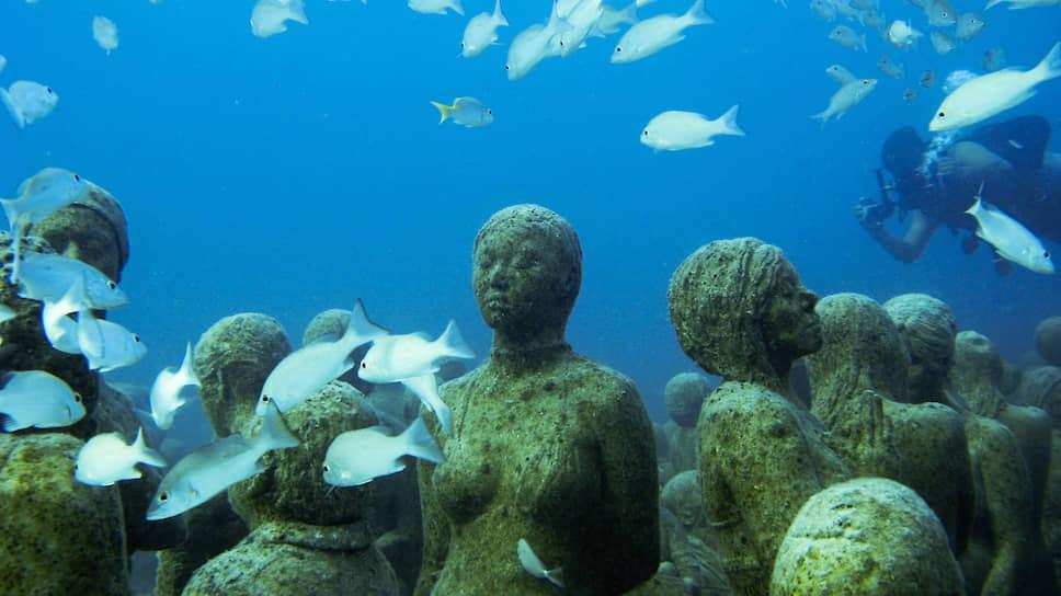 Подводная инсталляция у побережья Канкуна (Мексика) должна напомнить людям: океан под угрозой!