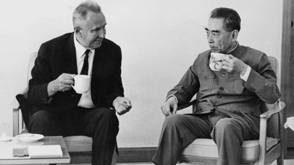 «Полезная беседа» в аэропорту КНР в сентябре 1969-го: предсовмина Алексей Косыгин и премьер госсовета Чжоу Эньлай дали понять друг другу, что их страны войны не хотят