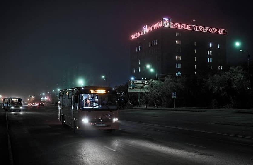 Центральная улица Воркуты конечно же носит имя Ленина. Это такая классика, как ранние сумерки и туман в городе