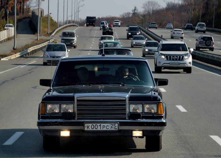 На улицах Москвы зиловские лимузины привлекают больше внимания, чем любые новинки мирового автопрома