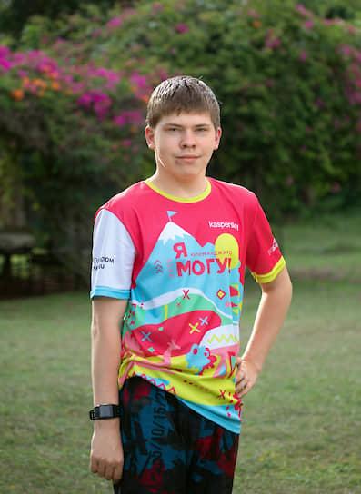 Серебро взял еще один особенный участник команды, воспитанник Удомельского детского дома Александр Лебедев