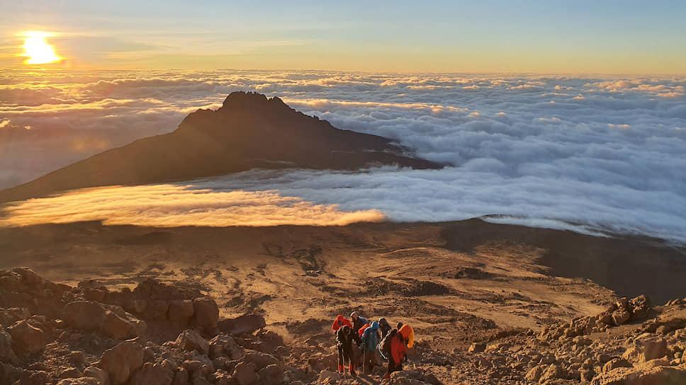 Килиманджаро на суахили — «гора, которая сверкает»