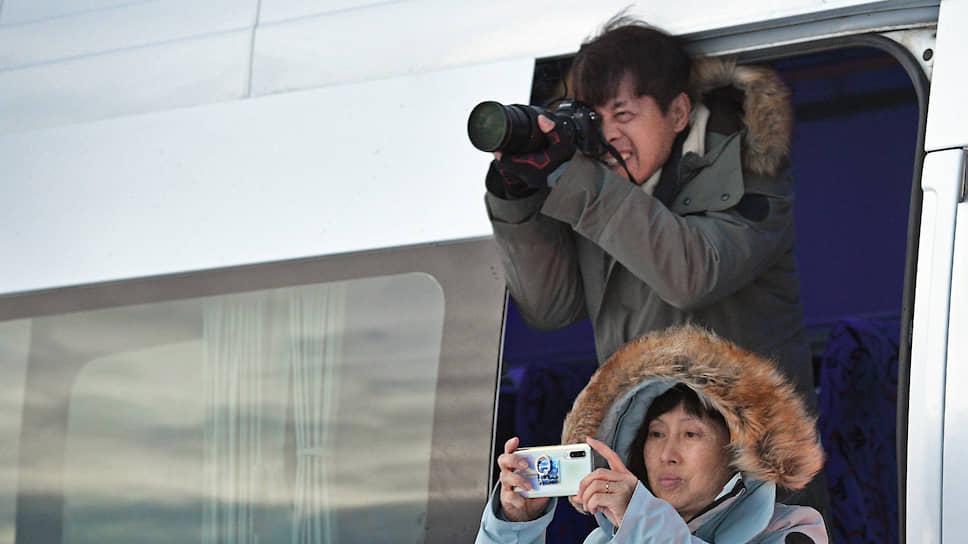 Главное для китайских туристов — фотографии. Гидов они почти не слушают