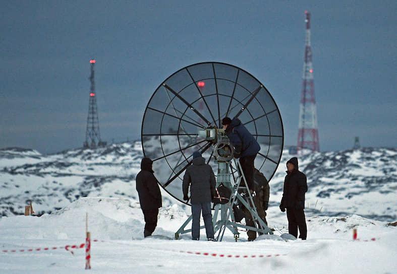 Местные отмечают: в Мурманской области охота за северным сиянием налажена лучше, чем в Норвегии и Финляндии. Турагентства нанимают специалистов по метеорологии, ежедневно мониторят облачность