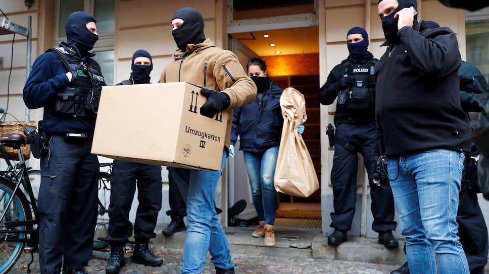При обысках в этнических кварталах берлинская полиция больше не церемонится. В данном случае под подозрение попала мечеть