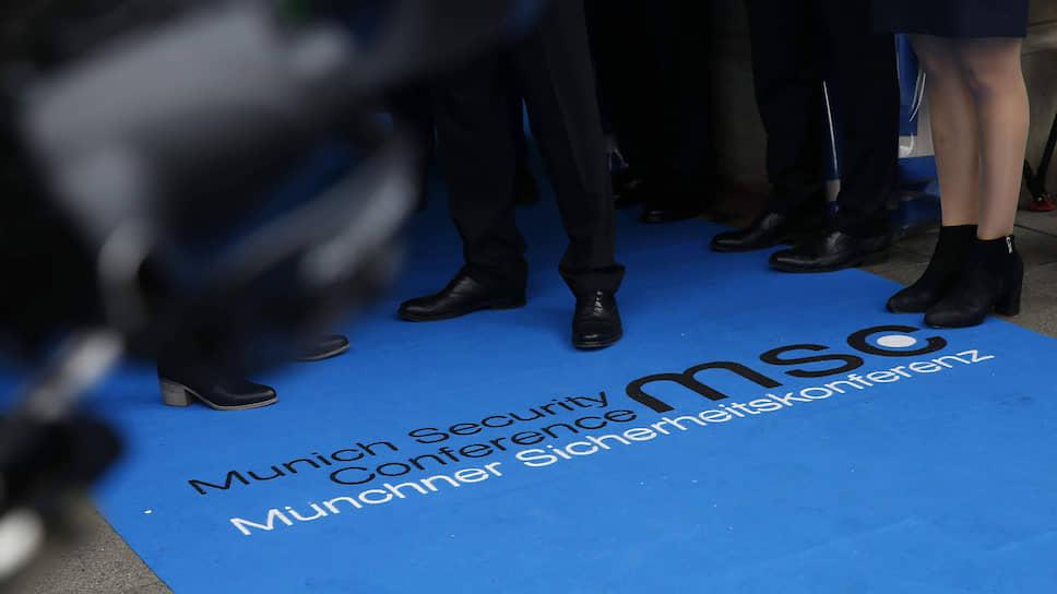 На последней Мюнхенской конференции на оппонентов воздействовали не столько силой аргументов, сколько безаппеляционностью суждений
