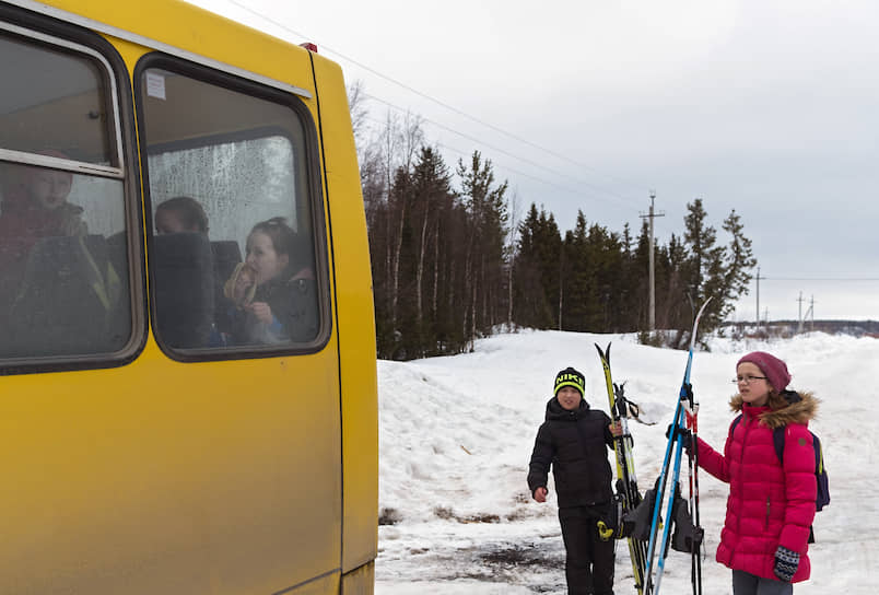 Дом культуры Варзуги почти каждый месяц устраивает лыжный забег