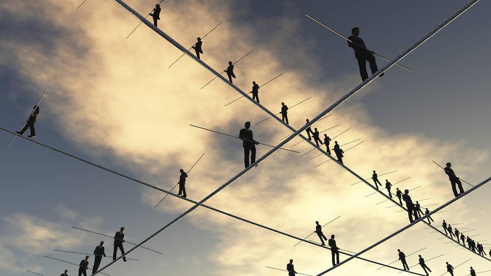 Стратегия многих отечественных бизнесменов одна — удержать баланс