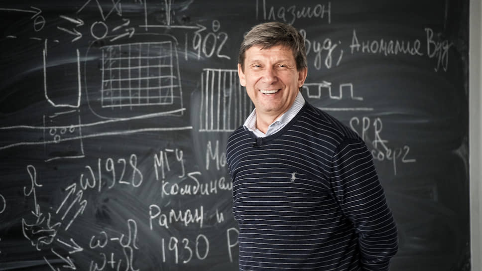 Физик Владимир Драчев большую часть жизни занимается биологией