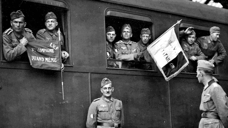 А это на «восточный фронт борьбы с большевизмом» собрались итальянцы. Говорят, для победы над коммунизмом они мобилизовали даже автофургоны по транспортировке мороженого