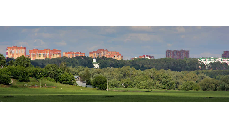 Звенигородские панорамы уже испорчены высотной застройкой. Коттеджное строительство прикончит их окончательно