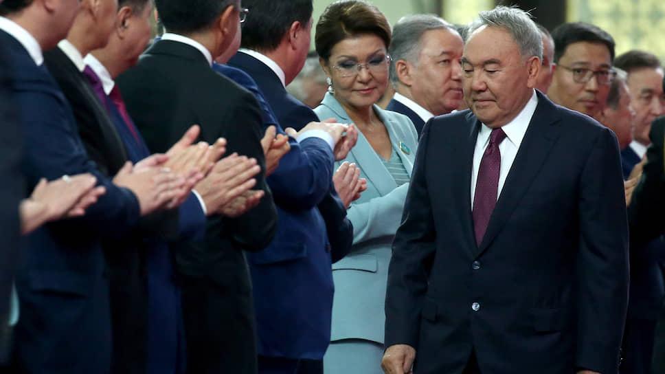 Инаугурация второго президента Казахстана год назад в Нур-Султане. Главные гости и участники — бывший президент, лидер нации Нурсултан Назарбаев и его дочь Дарига, председатель Сената Республики Казахстан