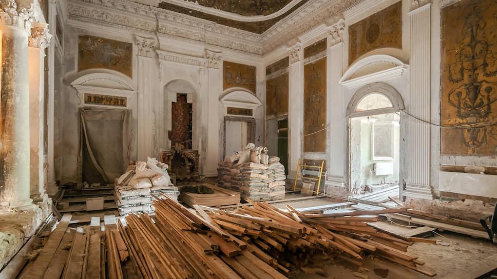 «Белый домик» в усадьбе Никольско-Урюпино