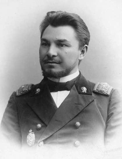 Участник Белого движения, казачий писатель Ф. Крюков в 1930-е считался возможным автором «Тихого Дона»