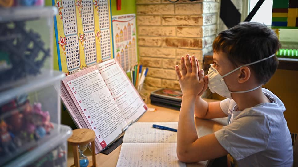 Бумажные учебники, тетрадки — скоро все это будет в прошлом, как счетные палочки и прописи