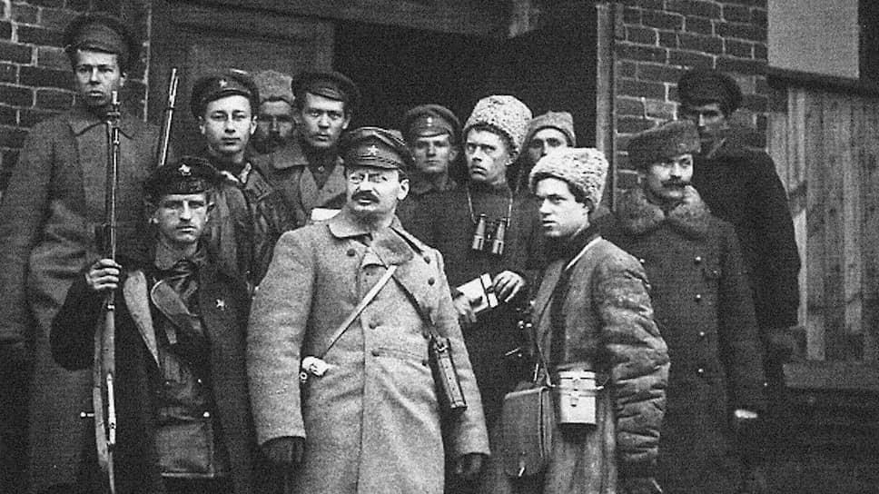 За что по указанию Сталина в Мексике был убит  Троцкий