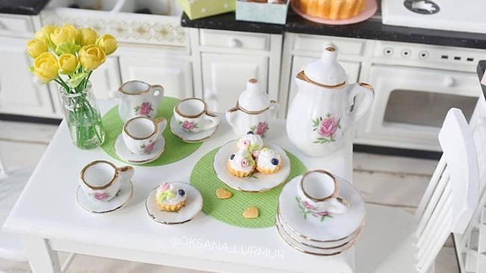Пока Оксана Андреева готовит свои сладости на «кухне», но скоро смастерит для их демонстрации большую «кондитерскую»