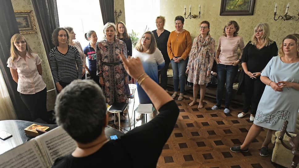 «Огонек» познакомился с петербургским хором мам