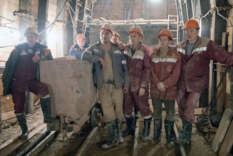 Бригада метростроевцев на строительстве станционного комплекса БКЛ «Ржевская»