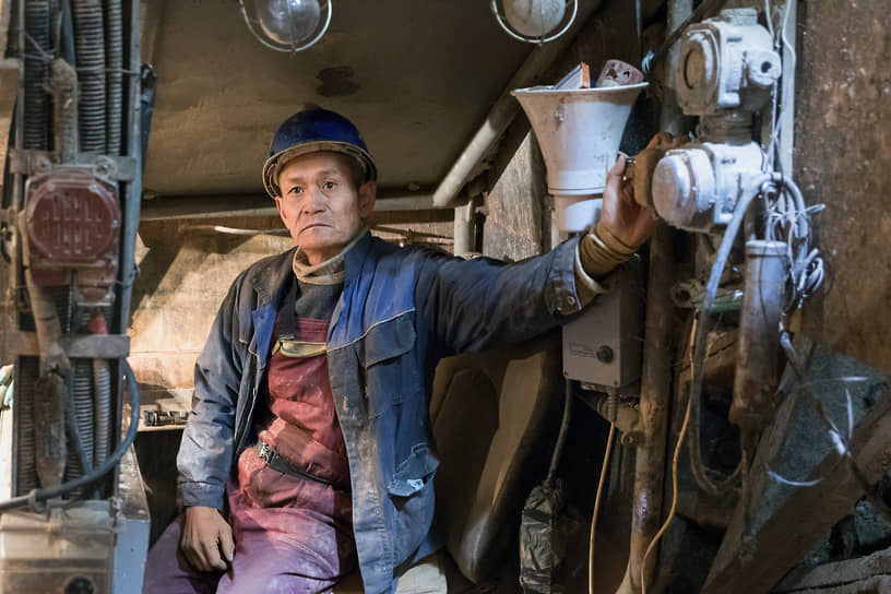 Проходчик Жиныбек Имамов — метростроевец со стажем