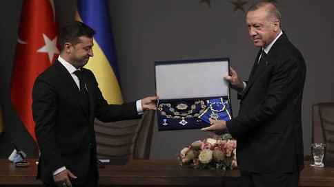 Новый друг. И учитель? // Что стоит за стремительным сближением Украины и Турции
