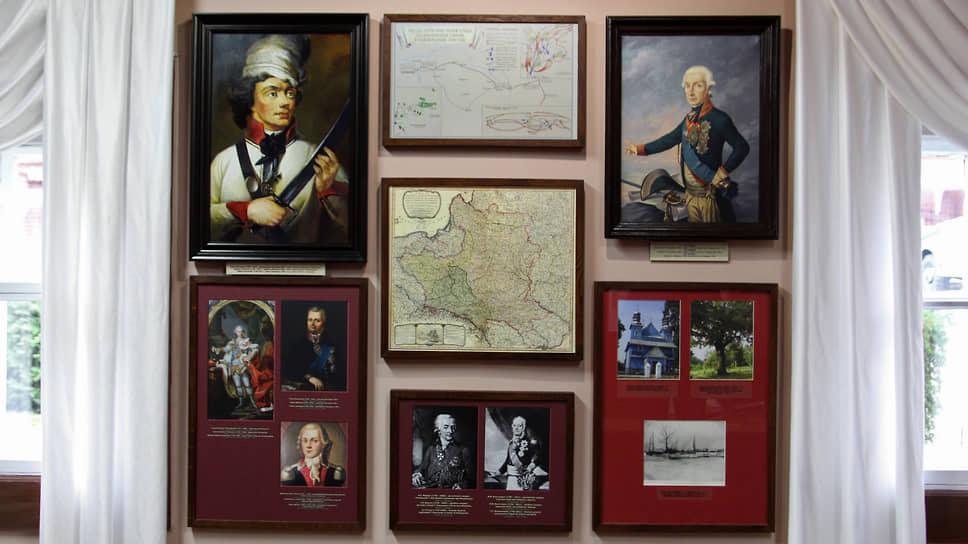 В залах Кобринского музея. Кобрин — райцентр, но богатству собранной здесь коллекции позавидует любой столичный музей