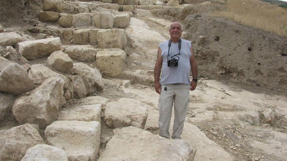 Руководитель археологической экспедиции Тигранакерта Гамлет Петросян.
