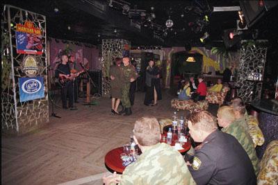 Клуб гиппопотам в москве эротическую шоу программу