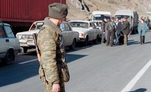 Когда Россия перекрывает дороги в Грузию, в пробках стоят грузы для Армении