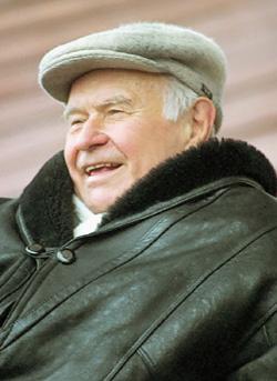 В любую погоду Константин Иванович стремился на стадион