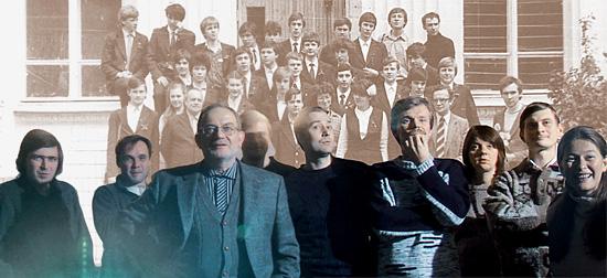Екатерина Еременко — 4-я слева в нижнем ряду на детской фотографии и 1-я справа — на взрослой