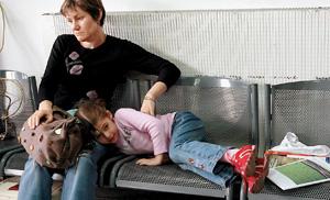 Семьи российских дипломатов покидают Тбилиси. Кто виноват?