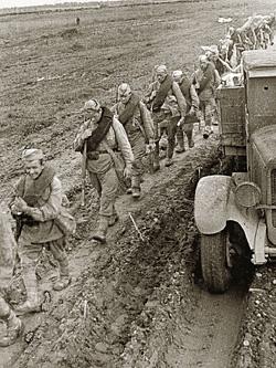 1941 год. Западный фронт. Снимок фотографа «Огонька» Михаила Савина