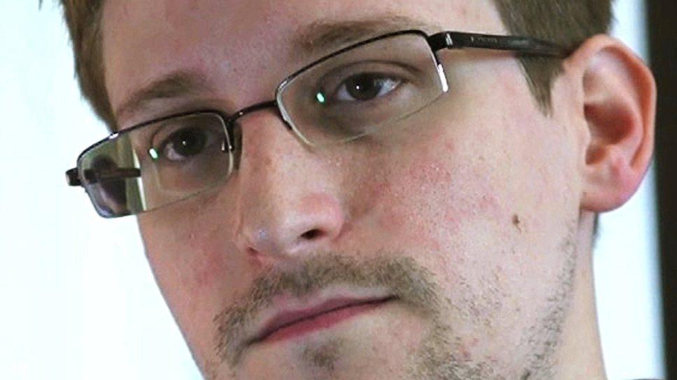 «Человек в ситуации Сноудена вполне может себе позволить работать без зарплаты»