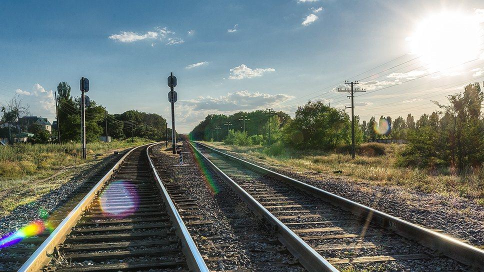 «Поезд сошел с рельсов буквально в ста метрах от станции»