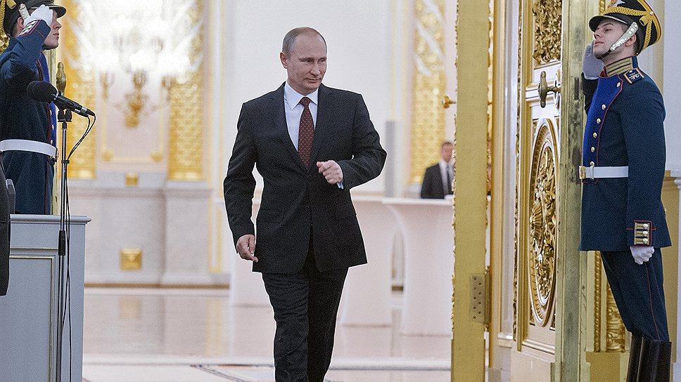 «Гонка России за статусом единственной сверхдержавы изнурительна»