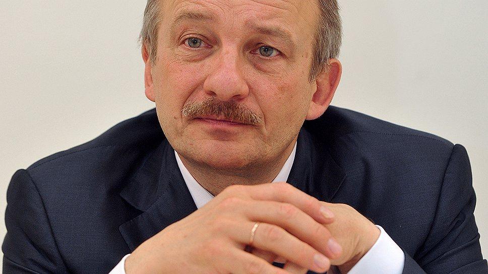 «Рубль неизбежно будет дешеветь»