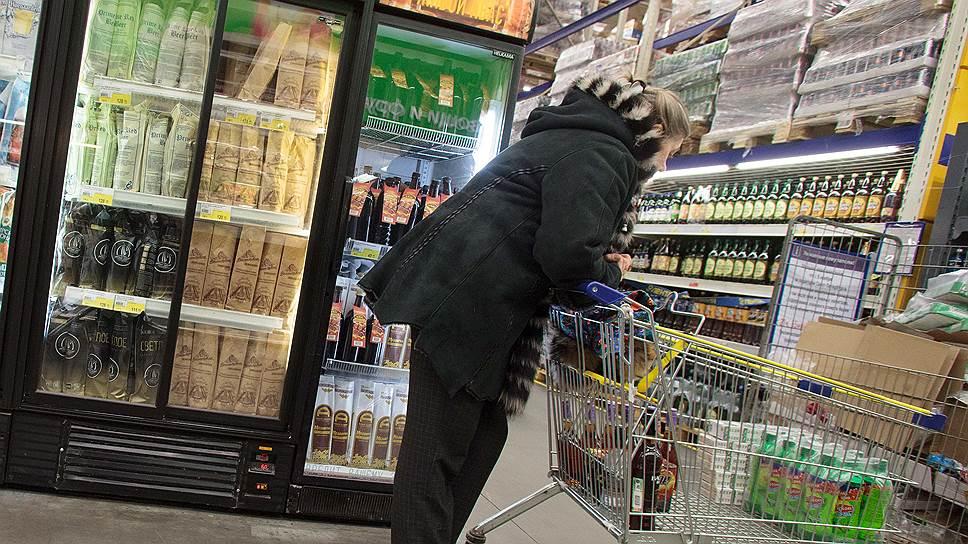 «Около 9% от доходов средняя российская семья тратит на алкоголь»