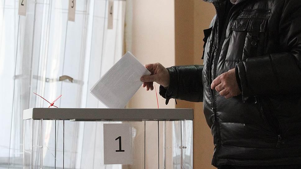 Почему 25 из 74 партий не выдвинули своих кандидатов на региональные выборы