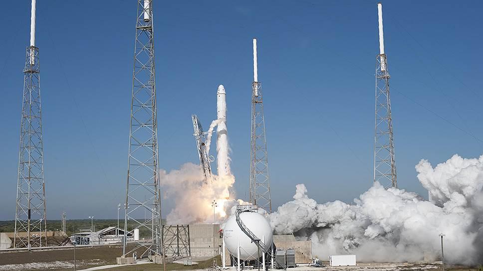 SpaceX потеряла ракету Falcon 9 и груз на $200 млн еще до старта
