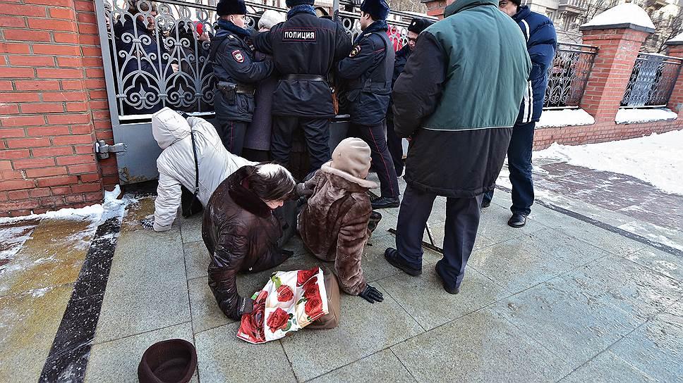 В чем причина ажиотажного спроса на искусство в Москве