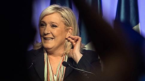 «Президентская кампания во Франции проходит необычно» // Корреспондент «Ъ FM» — о лишении депутатской неприкосновенности Марин Ле Пен