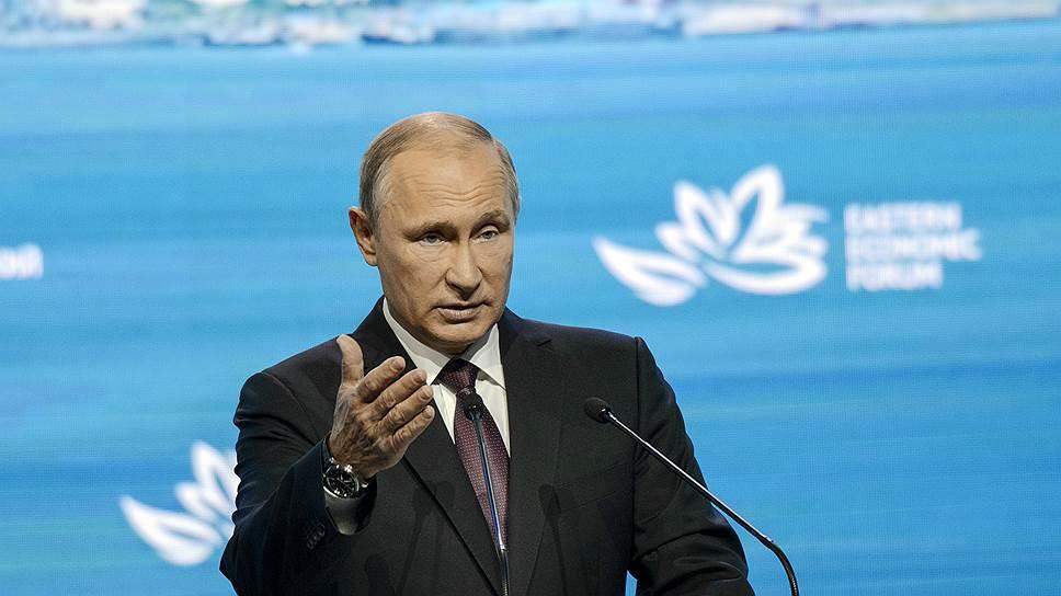 Чего добивается Владимир Путин своей позицией по «голубым каскам»