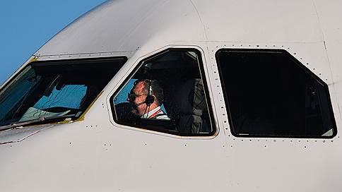 Дорогая безответственность // Как бороться с пьянством на борту самолета