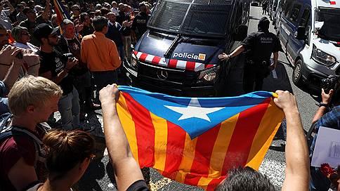 «Мадрид намерен идти до конца в своем желании не допустить референдума» // Собственный корреспондент «Ъ FM» в Испании — о протестах в Каталонии